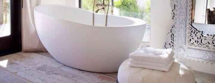 Freestanding Bath Feature