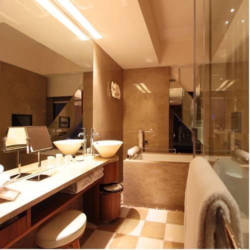 new-bathroom-suite
