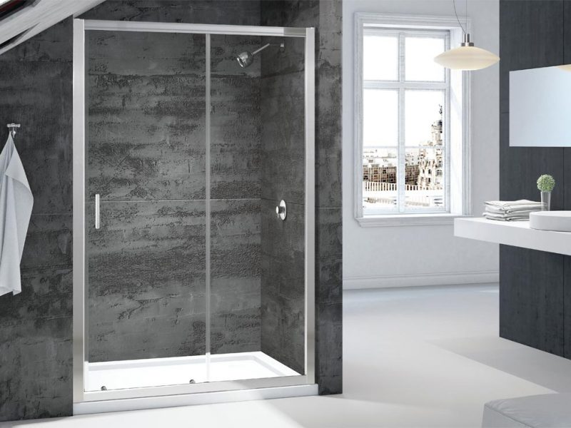 The best shower door in an alcove