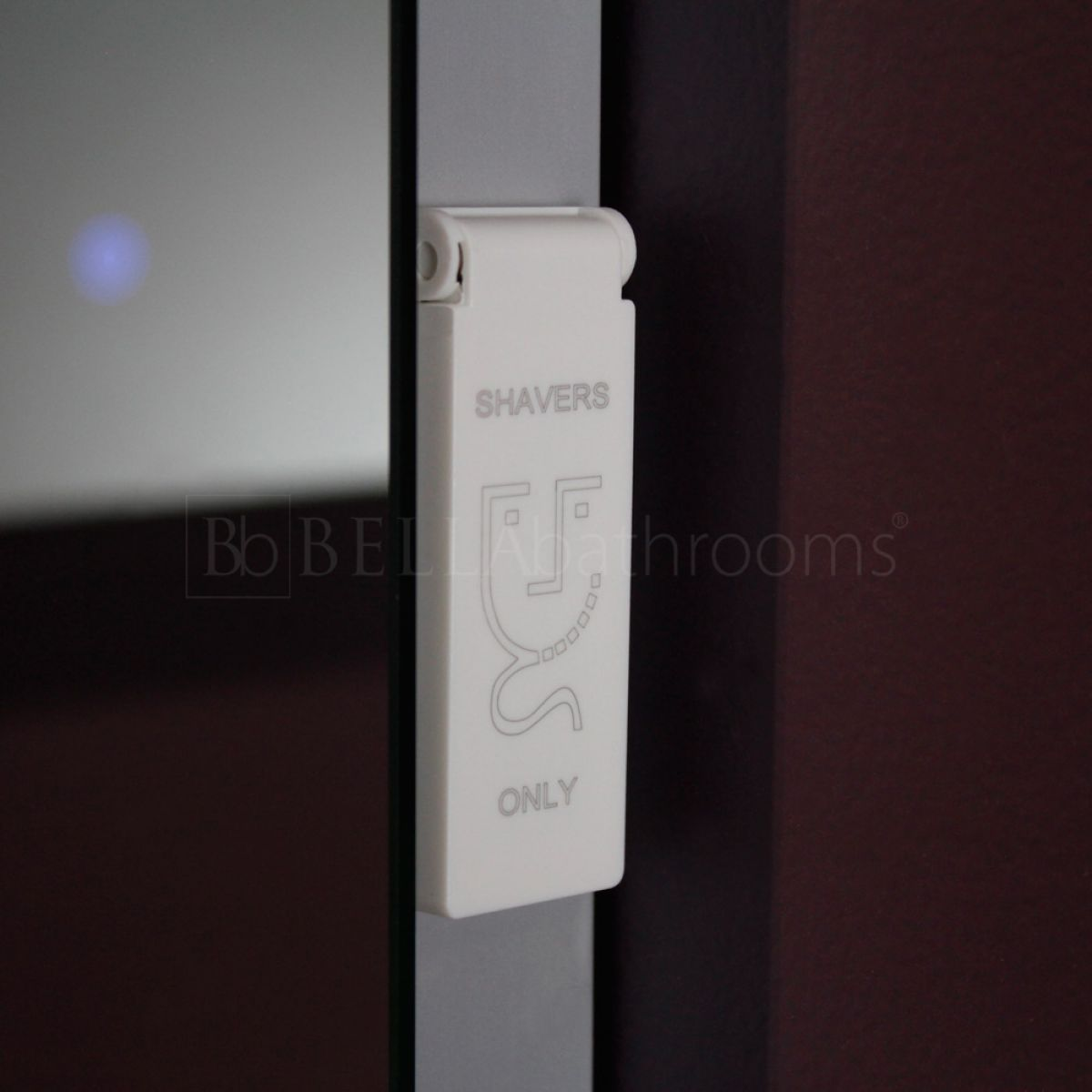 Cassellie Iridium LED Universal Bathroom Mirror Shaver Socket