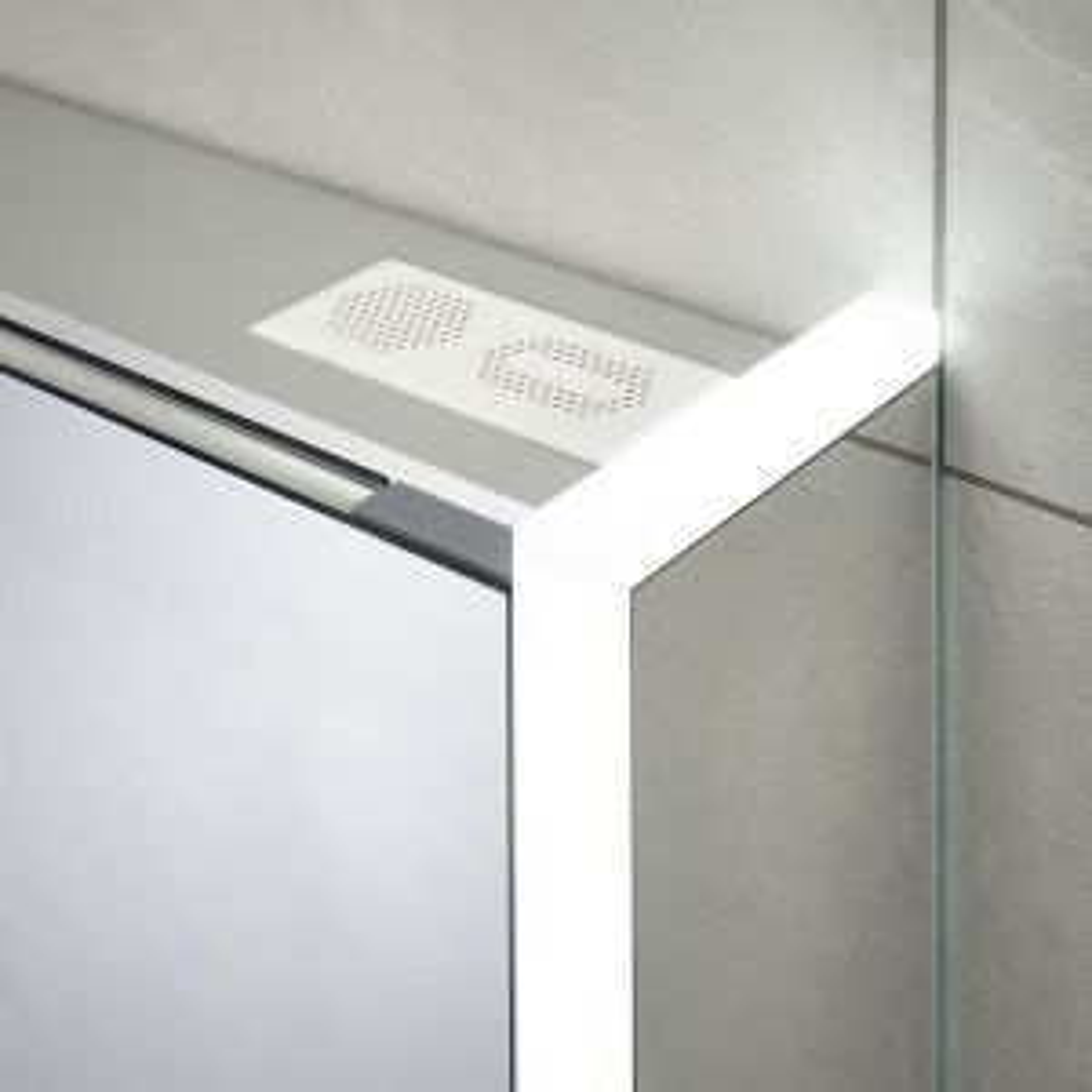 Sensio Ainsley Triple Diffused LED Mirrored Cabinet Speaker