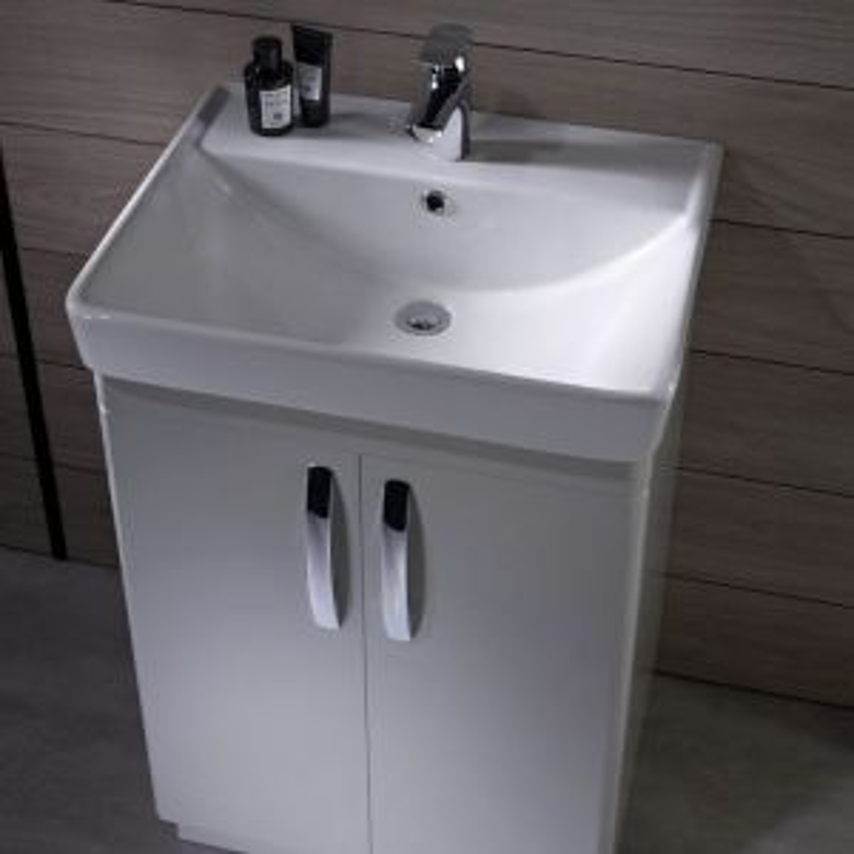 Tavistock Compass Gloss White Freestanding Vanity Unit 600mm Doors