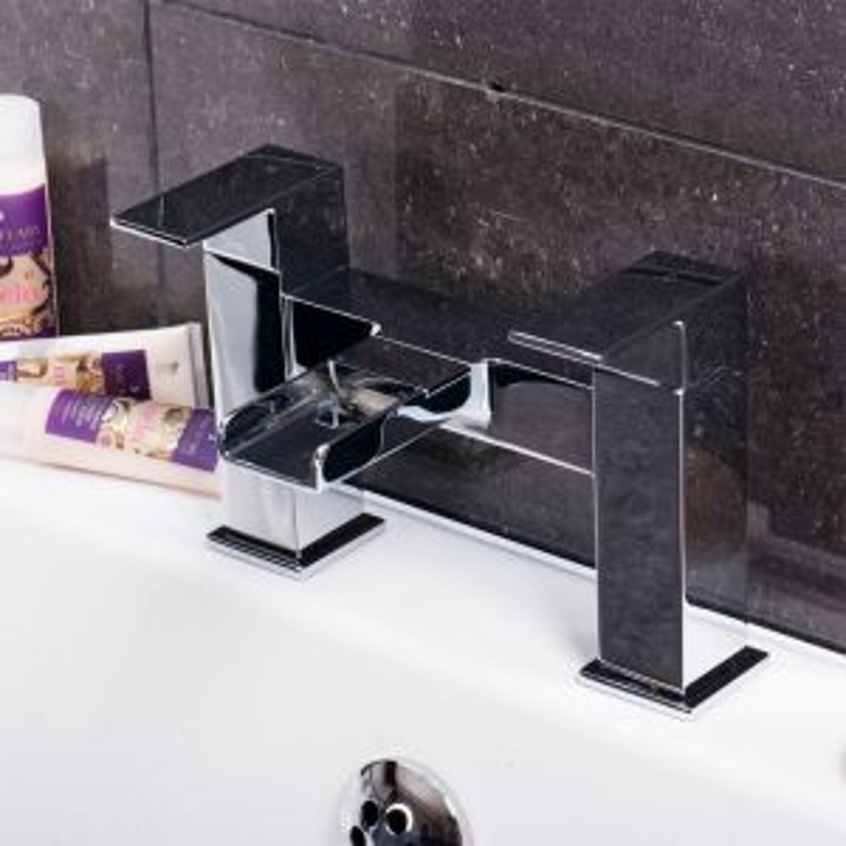 Zenith Dunk Bath Filler Tap Lifestyle