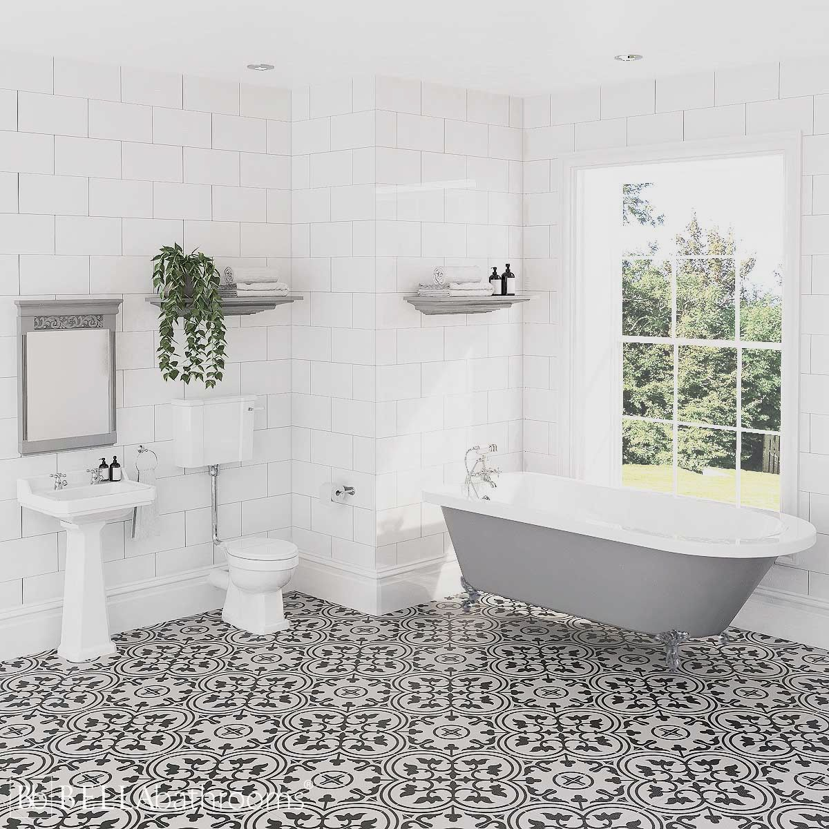 Hudson Reed Richmond Low Level Traditional Bathroom Suite with Bentham Freestanding Bath