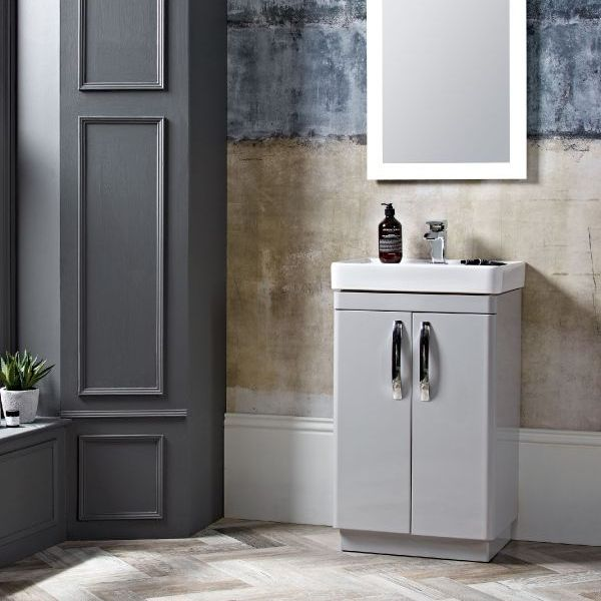 Tavistock Compass Gloss White Freestanding Vanity Unit 500mm Lifestyle