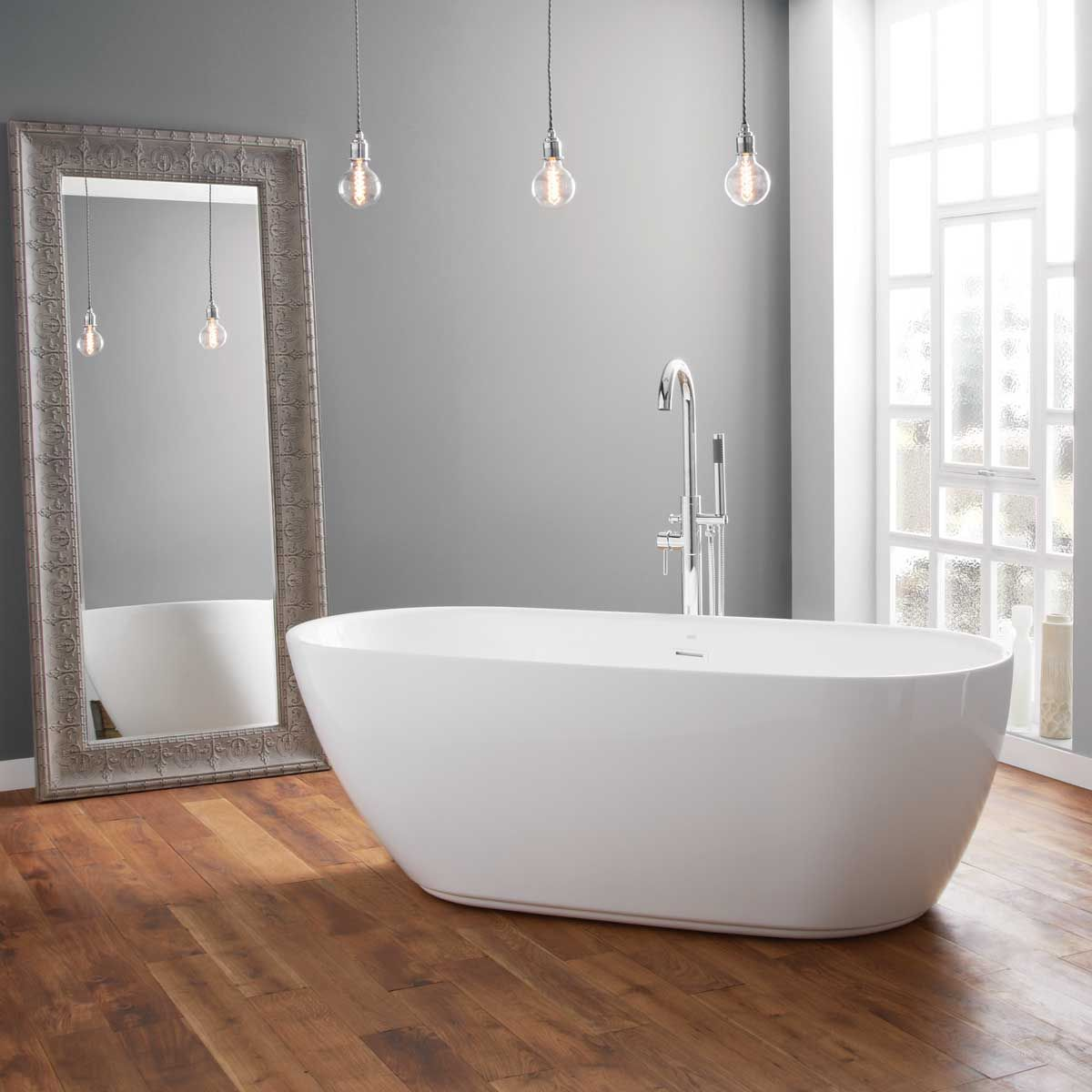 April Harrogate Thin Rim Freestanding Bath 1700mm