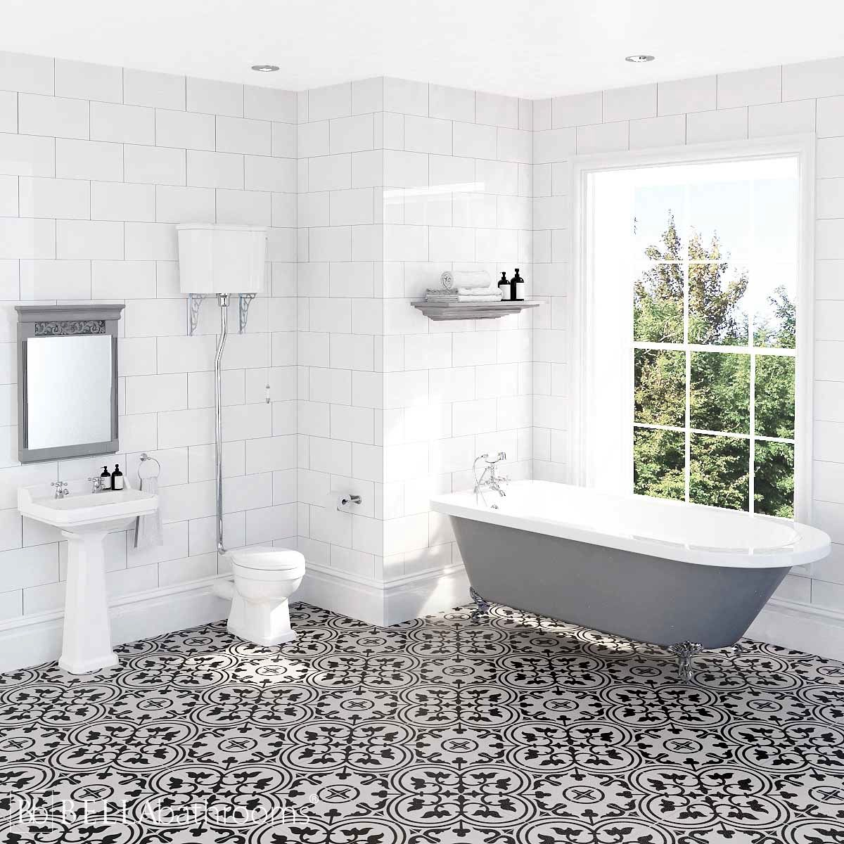 Hudson Reed Richmond High Level Traditional Bathroom Suite with Bentham Freestanding Bath
